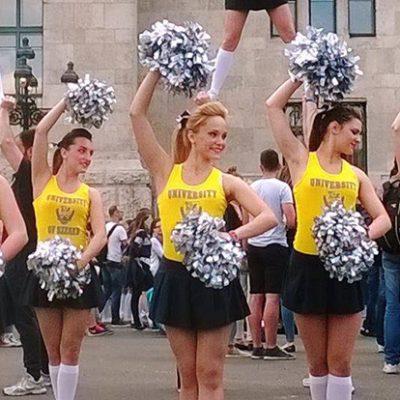 Szurkolói tánc